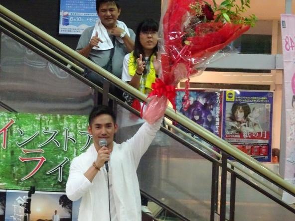 6月17日@地元・奄美大島のTSUTAYA名瀬店 (okmusic UP's)