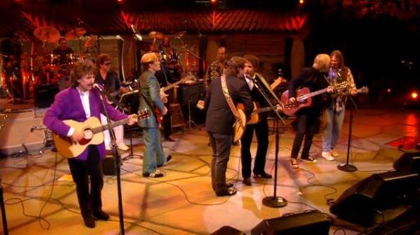『ボブ・ディラン 30周年記念コンサート』場面写真 (okmusic UP\'s)