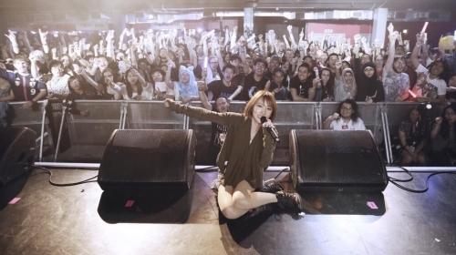 """""""Hyper Japan Festival 2015""""にて圧倒的なパフォーマンスを披露した藍井エイル"""