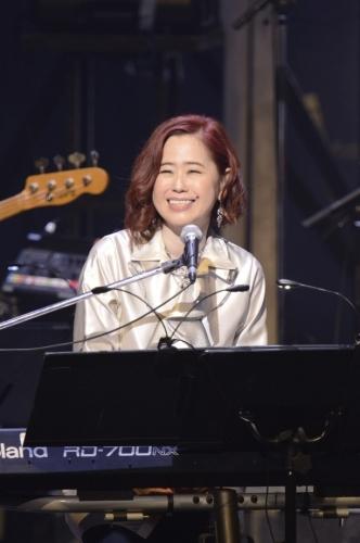 """ライブツアー""""Yuki Kajiura LIVE vol.#12""""千秋楽を迎えた梶浦由記"""