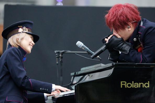 1月25日@東京・ダイバーシティ東京プラザフェスティバル広場 photo by Yosuke Kamiyama (okmusic UP's)