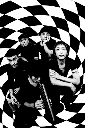 THE BLACK COMET CLUB BAND (okmusic UP's)