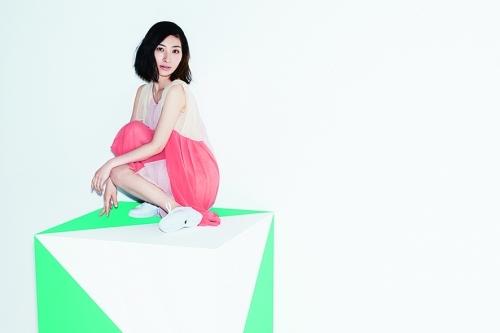 9月30日に9thアルバム『FOLLOW ME UP』をリリースする坂本真綾