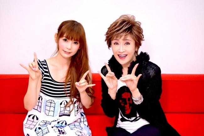 """コラボ曲をリリースすることを発表した""""しょこたん""""こと中川翔子と小林幸子"""