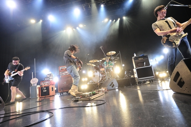"「the band apart 7th album""謎のオープンワールド""release live SMOOTH LIKE BUTTER TOUR」ファイナル公演より 撮影:岡本麻衣 ODD JOB LTD."
