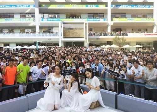 ラゾーナ川崎にて恒例のリリース記念イベントを開催したKalafina