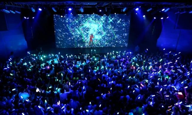 EGOISTの上海初ワンマン公演より