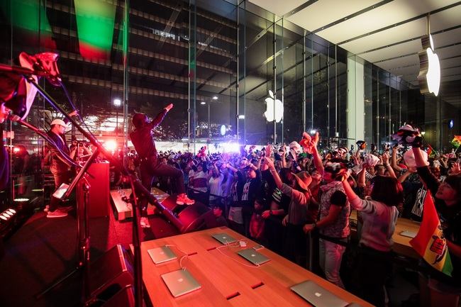 10月24日(土)@Apple Store, Omotesando