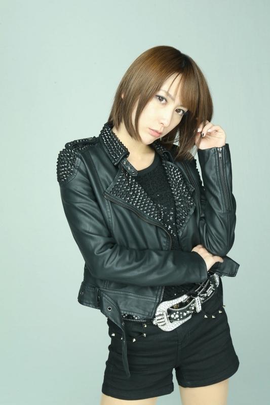 11thシングル「シューゲイザー」をリリースしたばかりの藍井エイル