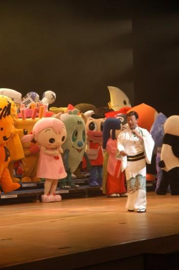 『橋幸夫といえば、ゆるキャラ音頭!』と言ってもらえるように精進します!」と言い切った橋幸夫 (c)Listen Japan