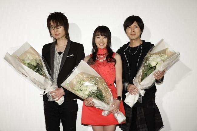 『ハンガー・ゲーム FINAL: レボリューション』劇場舞台挨拶に登壇した(写真左より)前野智昭、水樹奈々、神谷浩史