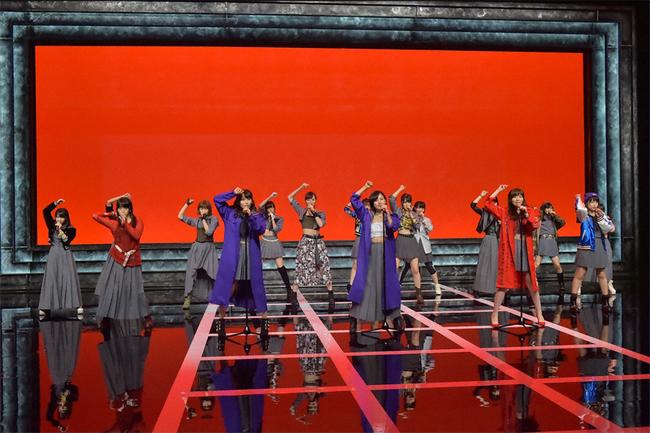 「Momm!!」にて新曲「しぇからしか!」を披露するHKT48 (C)TBS