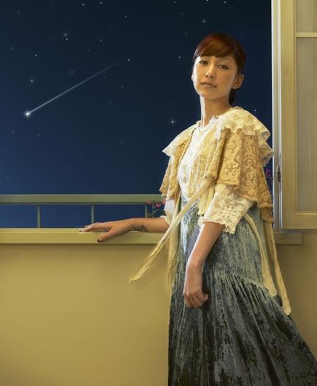 """中島美嘉が、昨年大ヒットした「ORION」に続く""""星バラード""""をリリース (c)Listen Japan"""