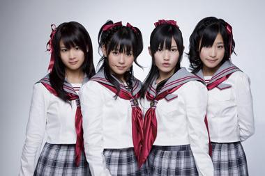 3rdシングルを発売する渡り廊下走り隊の4人 (c)ListenJapan