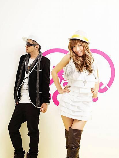 新曲「ONE LOVE 〜100万回のKISSでアイシテル〜」が好調なMay's (c)Listen Japan