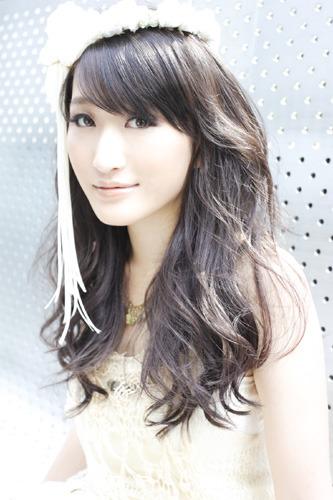 待望の2ndアルバムリリースが決定したELISA(エリサ) (c)ListenJapan