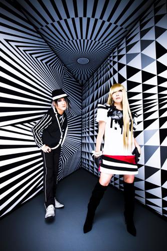 アニメ一期に引き続き「アスラクライン2」主題歌をリリースするangelaのatsukoとKATSU (c)ListenJapan