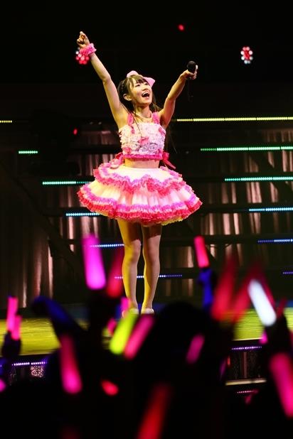 ファン投票企画の結果、公開される小倉唯ライブ映像は「Honey・Come!!」に