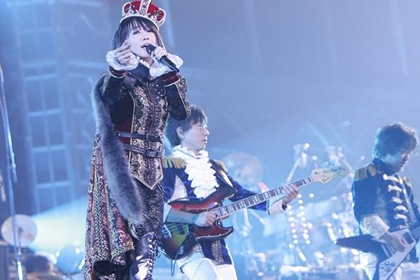 水樹奈々が2016年4月に東京ドーム2Days公演の開催を発表(写真は前回の東京ドーム公演より) (C)KING RECORDS