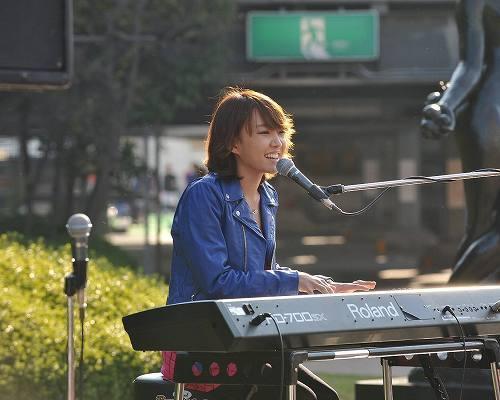 シングル発売記念イベントを開催したユンナ (c)Listen Japan