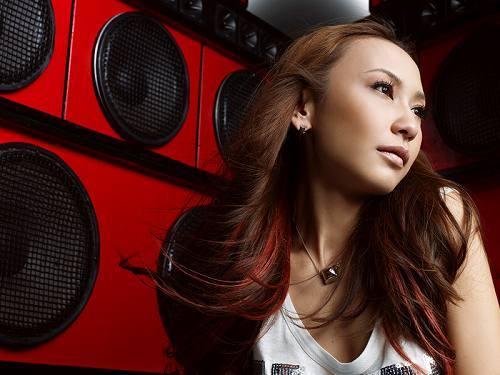 東方神起、EMI MARIAなどに曲を提供してきた、女性プロデューサー、AILI (c)Listen Japan