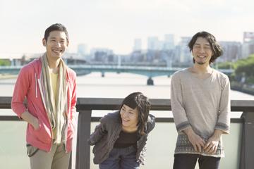 L→R ミト(Ba)、原田郁子(Vo&Key)、伊藤大助(Dr)