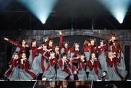 欅坂46が初野外ワンマンライブ「欅共和国 2017」開催 (okmusic UP's)