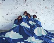 L→R 藤咲 佑(Ba)、蒼山幸子(Vo&Key)、沙田瑞紀(Gu)、澤村小夜子(Dr) (okmusic UP's)