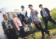 L→R 髙野清宗(Ba)、山中綾華(Dr)、藤澤涼架(Key)、大森元貴(Vo&Gu)、若井滉斗(Gu) (okmusic UP's)